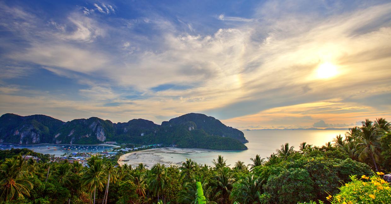 Phi Phi Islands Beaches Loh Dalum Tonsai Bay Long Beach: Visiting And Living On Koh Phi Phi Islands